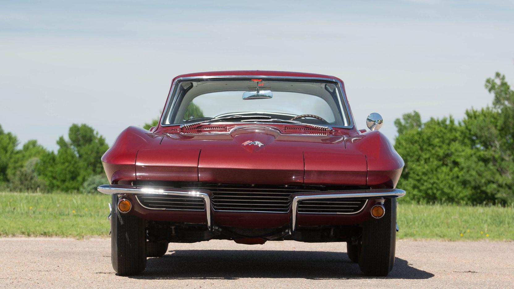 1965 Chevrolet Corvette Coupé-1
