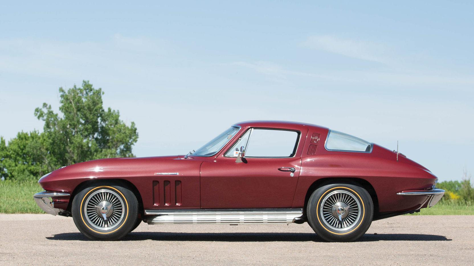 By the 1965 model year the Corvette Sting Ray's styling had been refined and the car's brakes were also improved.
