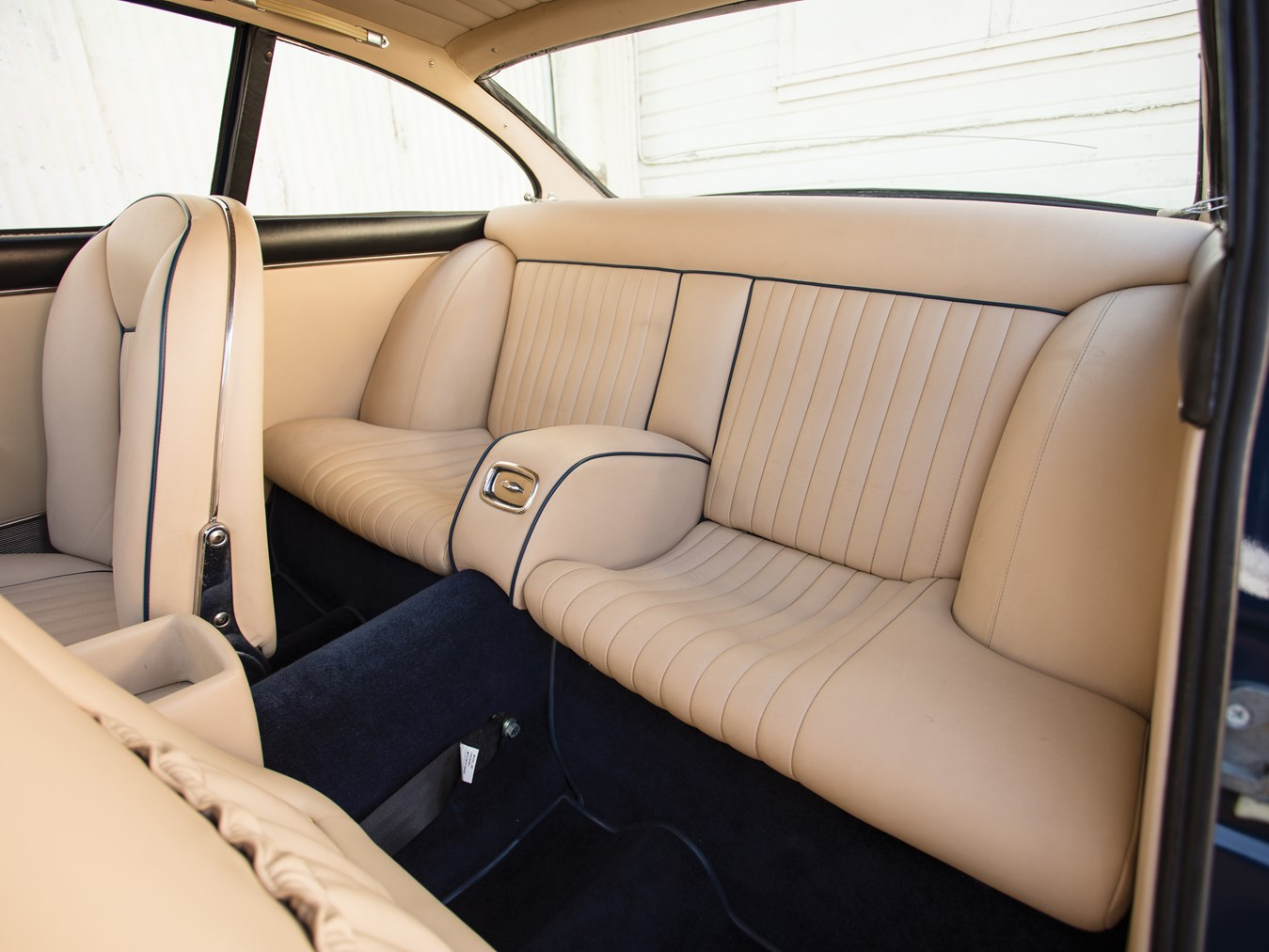 The 330 GT provides quite reasonable comfort for rear seat passengers.