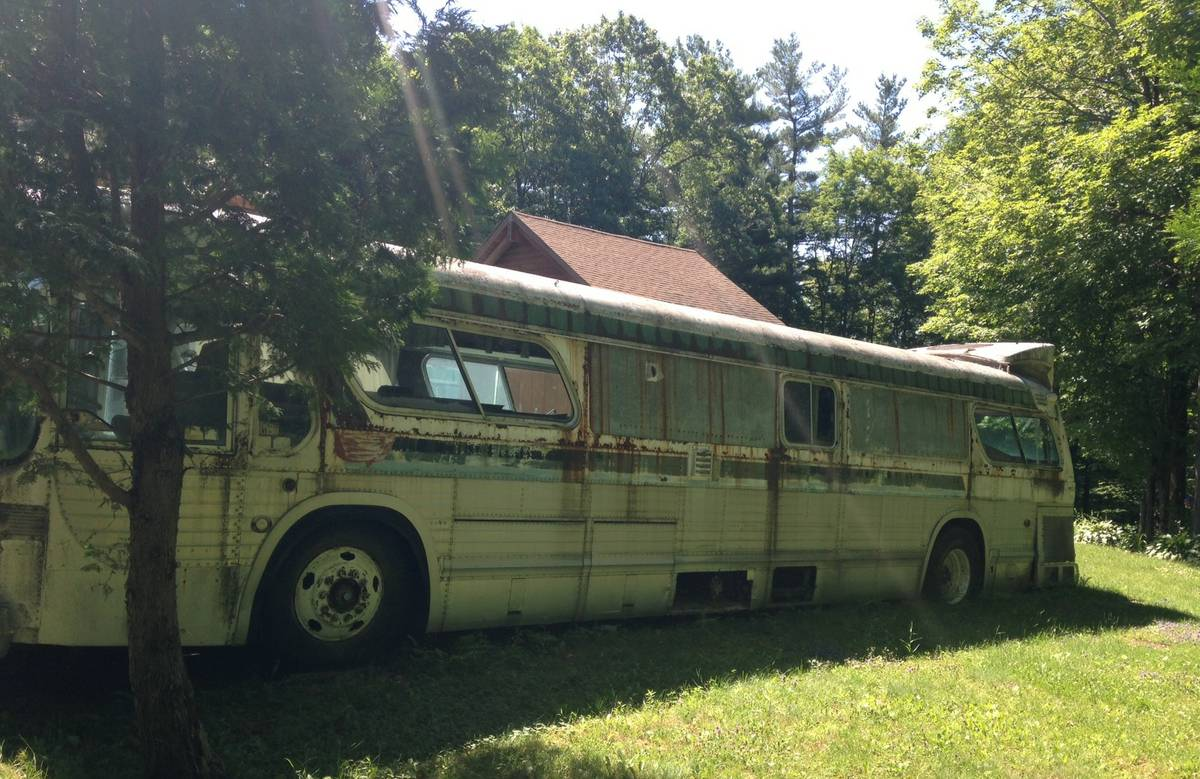 Free Barn Find Customized 1977 GMC 40' City Bus-4