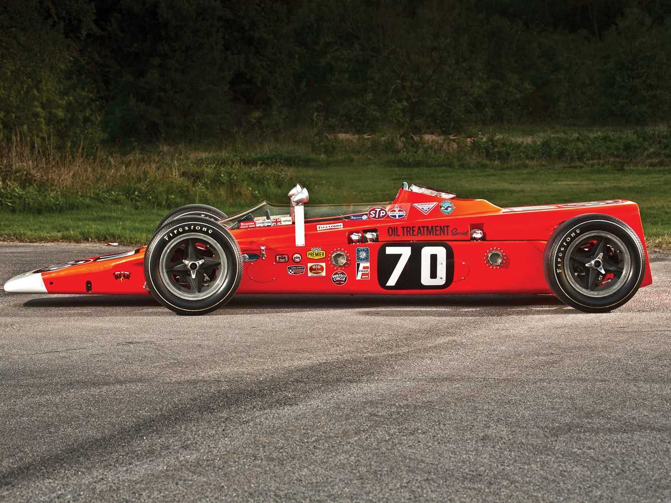 The Maurice Phillippe wedge shaped design for the Lotus 56 was minimalist and effective at keeping the car pushed down on the road at the high Indy 500 speeds.