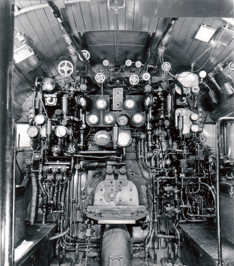 "The cab of the S2 was complex enough although it was much the same as on most large steam locomotives. With a ""dashboard"" like this to manage the driver needed the control system of the S2 to keep his and his fireman's tasks manageable. (Picture courtesy billspennsyphotos.com)."