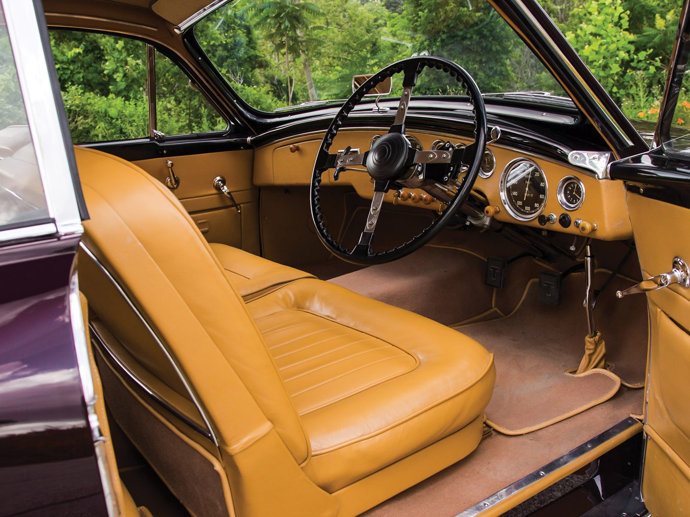 The luxurious interior of the Talbot-Lago T26 GSL is one for a knowledgeable connoisseur of fine sports cars. Note the Wilson pre-selector gear change on the steering column.