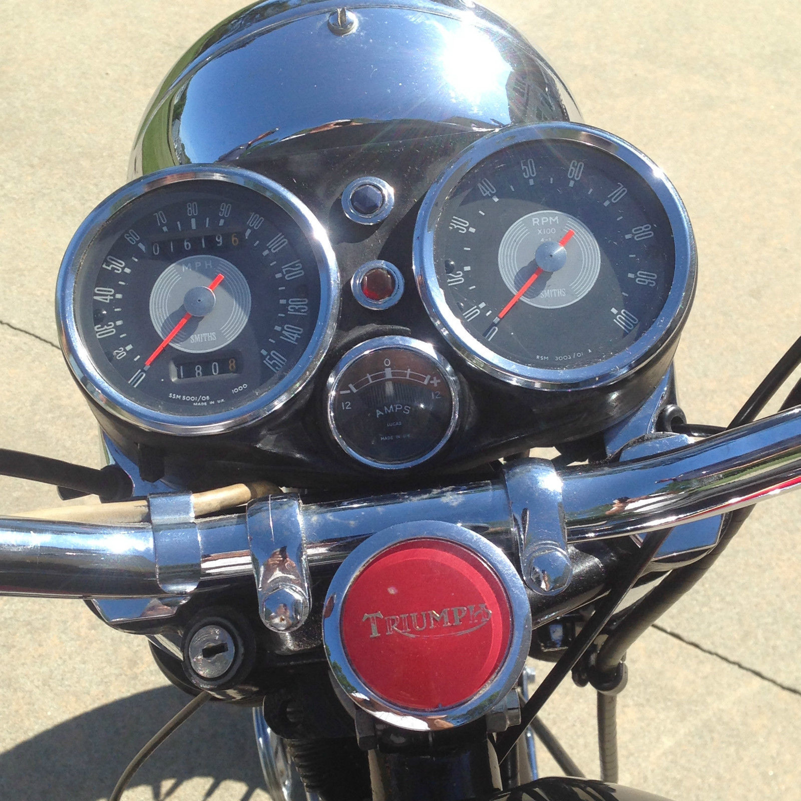 The speedometer of the Triumph Trident suggests that this is a motorcycle that can get awfully close to the speed of a Jaguar XKE. (Picture courtesy eBay).