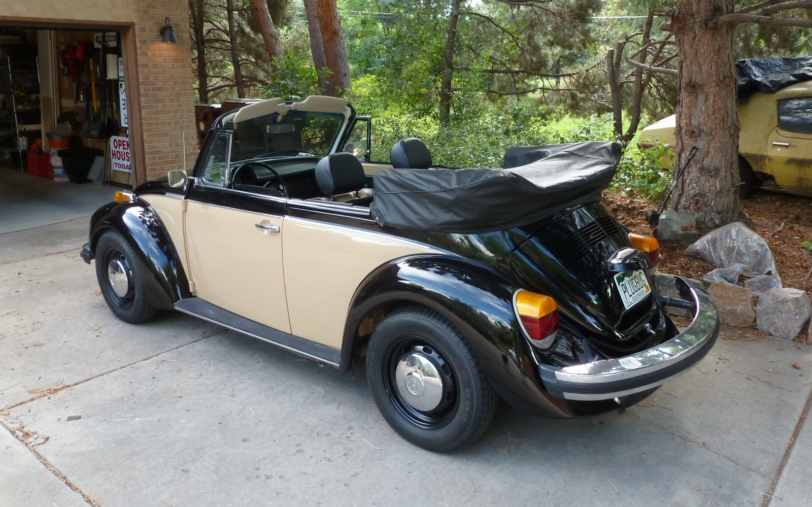"""This Volkswagen looks like a Volkswagen, but does not make that """"lawnmower"""" engine noise of a Volkswagen. It's electric and silent. (Picture courtesy barnfinds.com)."""