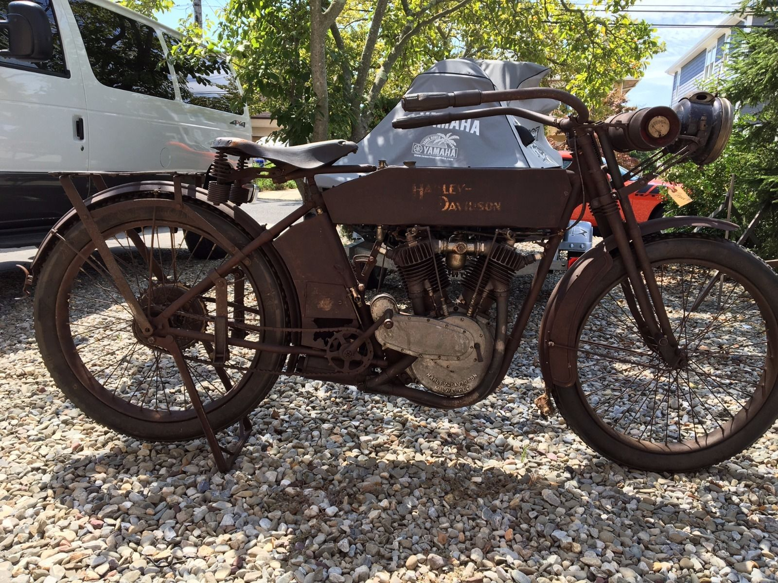 1913 Harley-Davidson V twin with the 811cc engine and Fully Floating Seat up for sale on eBay.
