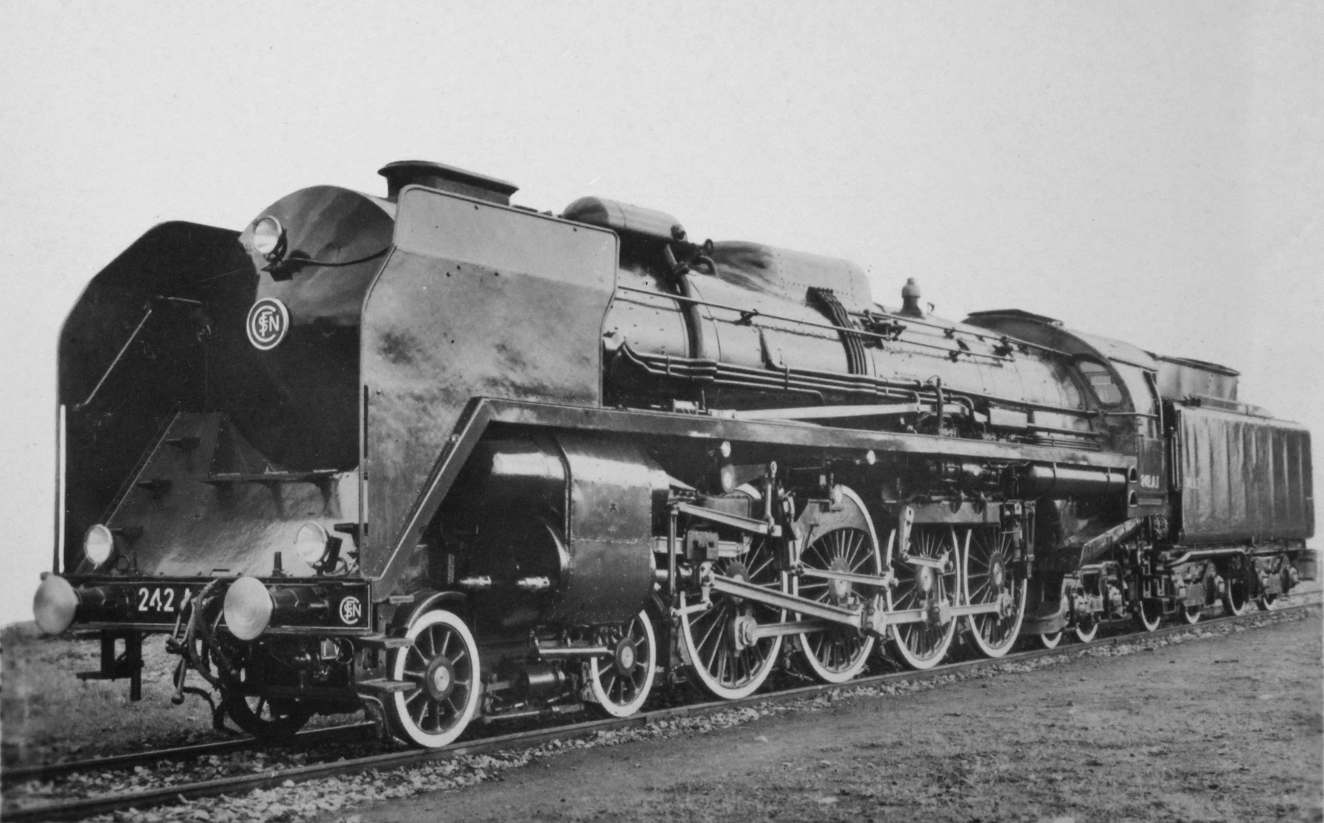 The last André Chapelon designed locomotive to be constructed was the 242A1. It incorporated all his ideas and is the most advanced steam locomotive ever constructed. (PIcture courtesy Wikimedia).