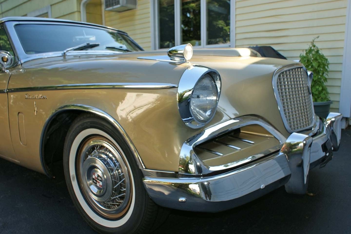 Studebaker Golden Hawk-3