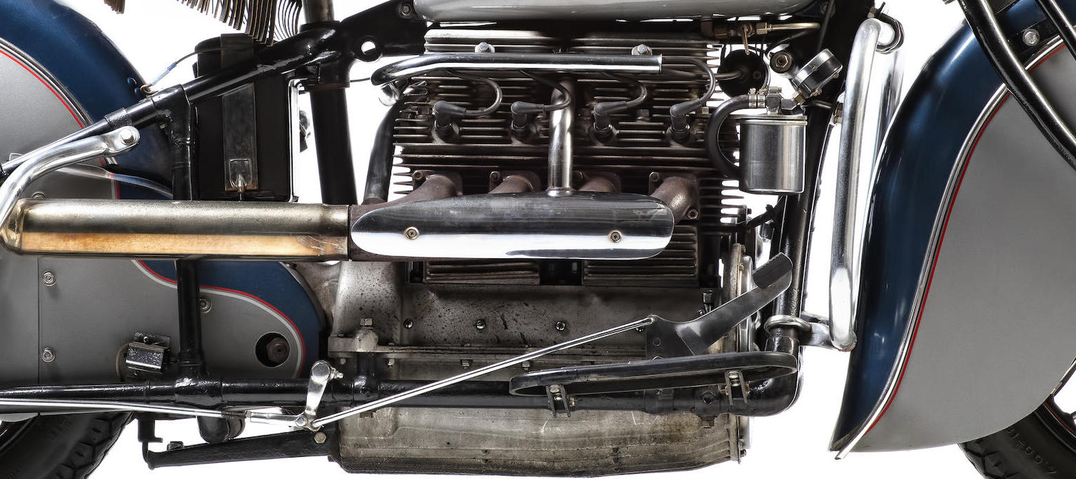 In this close up we can see the preferred inlet over exhaust engine style of this 1940 motorcycle.