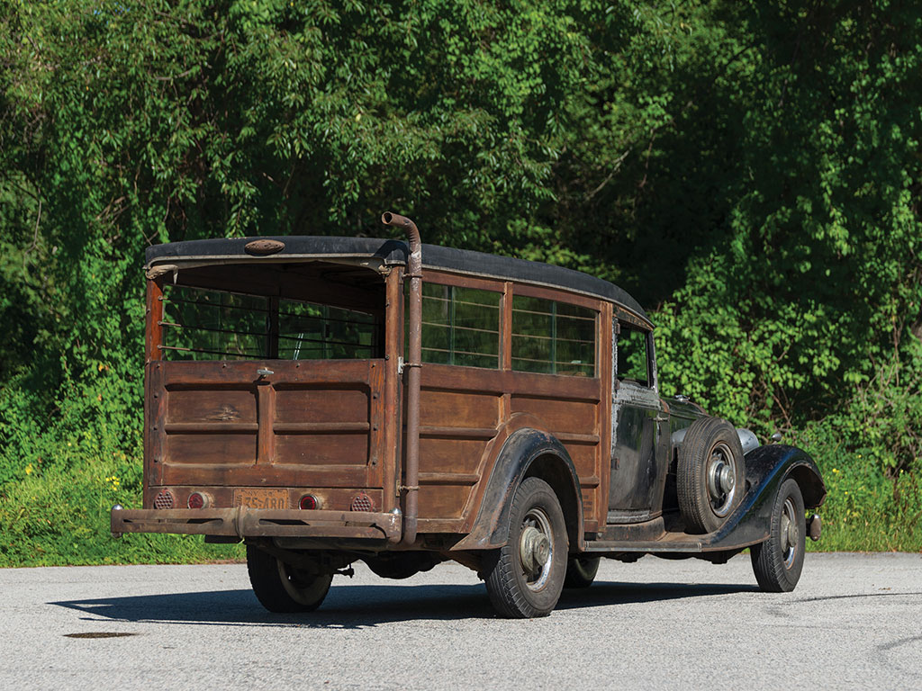 "The rear section of this ""woody"" has been set up for transporting hunting hounds in limousine comfort."