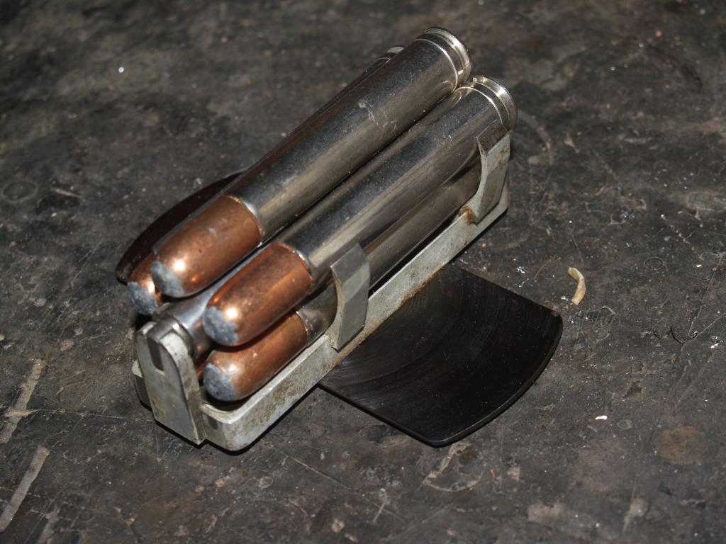 Because of its standard length the .458 Winchester Magnum was able to be chambered in any standard length action. Here we see .458 Winchester Magnum cartridges in the magazine of a post war Mannlicher-Schönauer. (Picture courtesy africahunting.com).