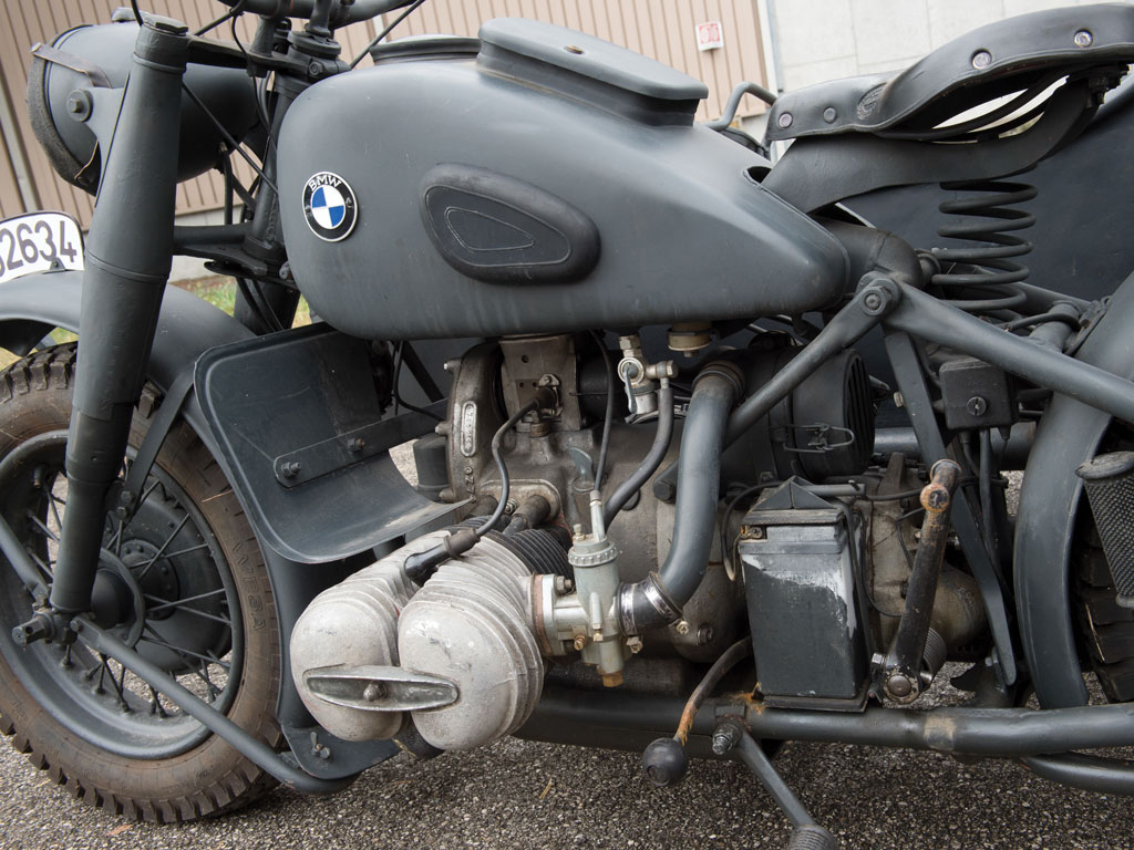 The BMW R75 military motorcycle featured a tube steel frame that could be dismantled for repair or replacement.