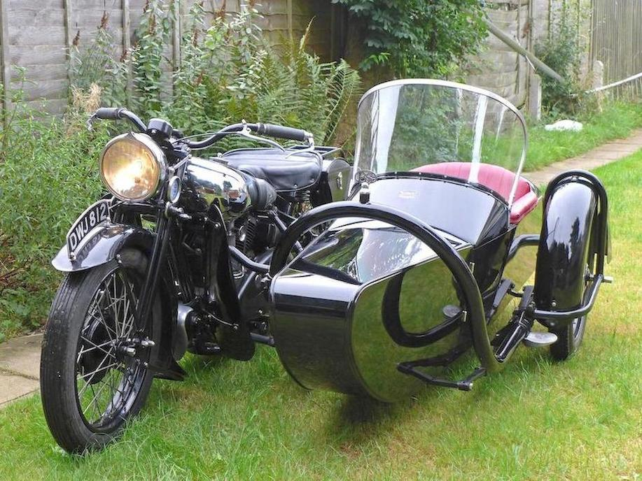 The Brough Superior 11-50 was designed with side-car use very much in mind but also as a bike that would be excellent solo.