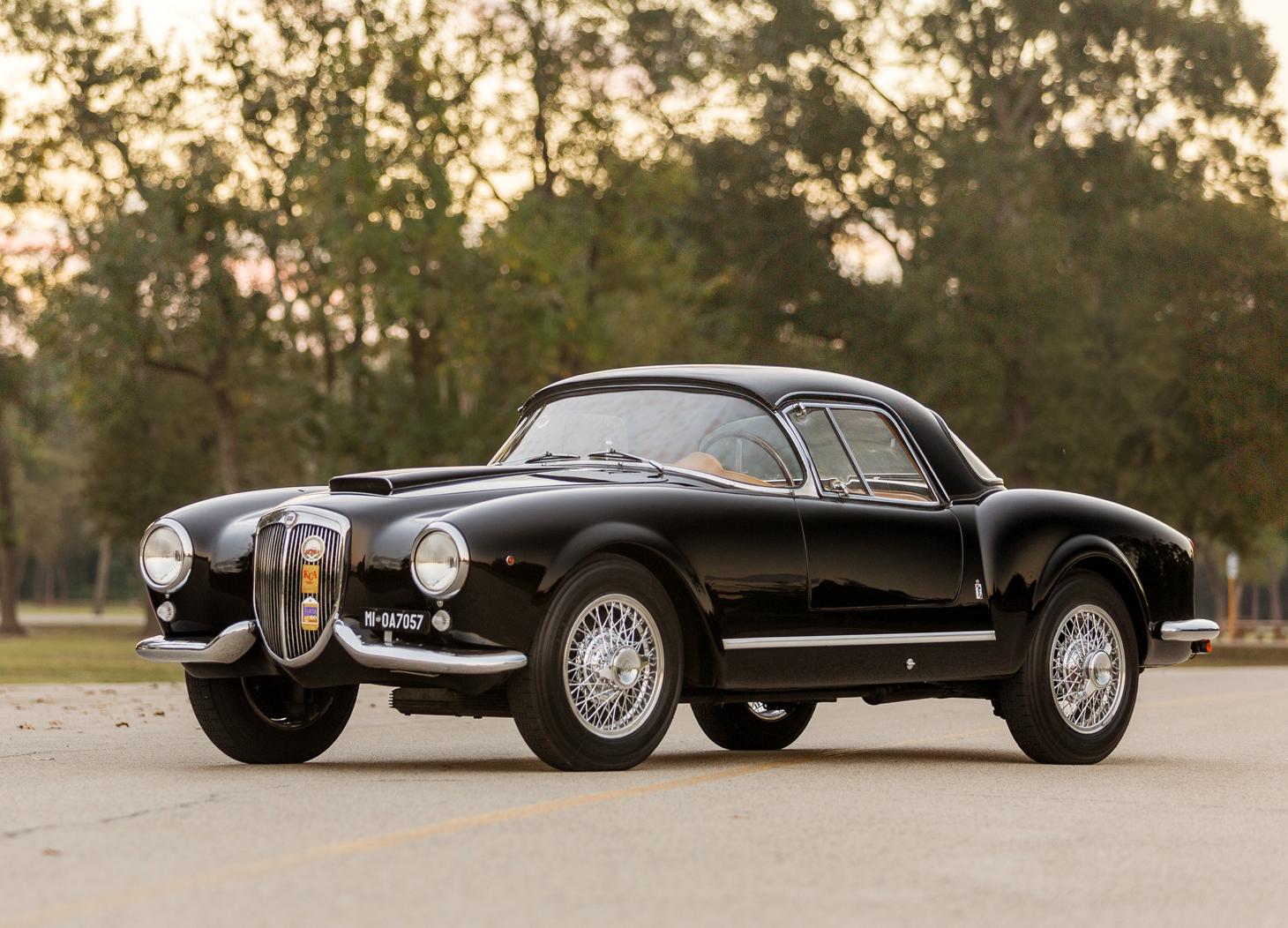 http://revivaler.com/wp-content/uploads/2016/10/Lancia-Aurelia-B24S-Spider-America-HDR-2_1a.jpg