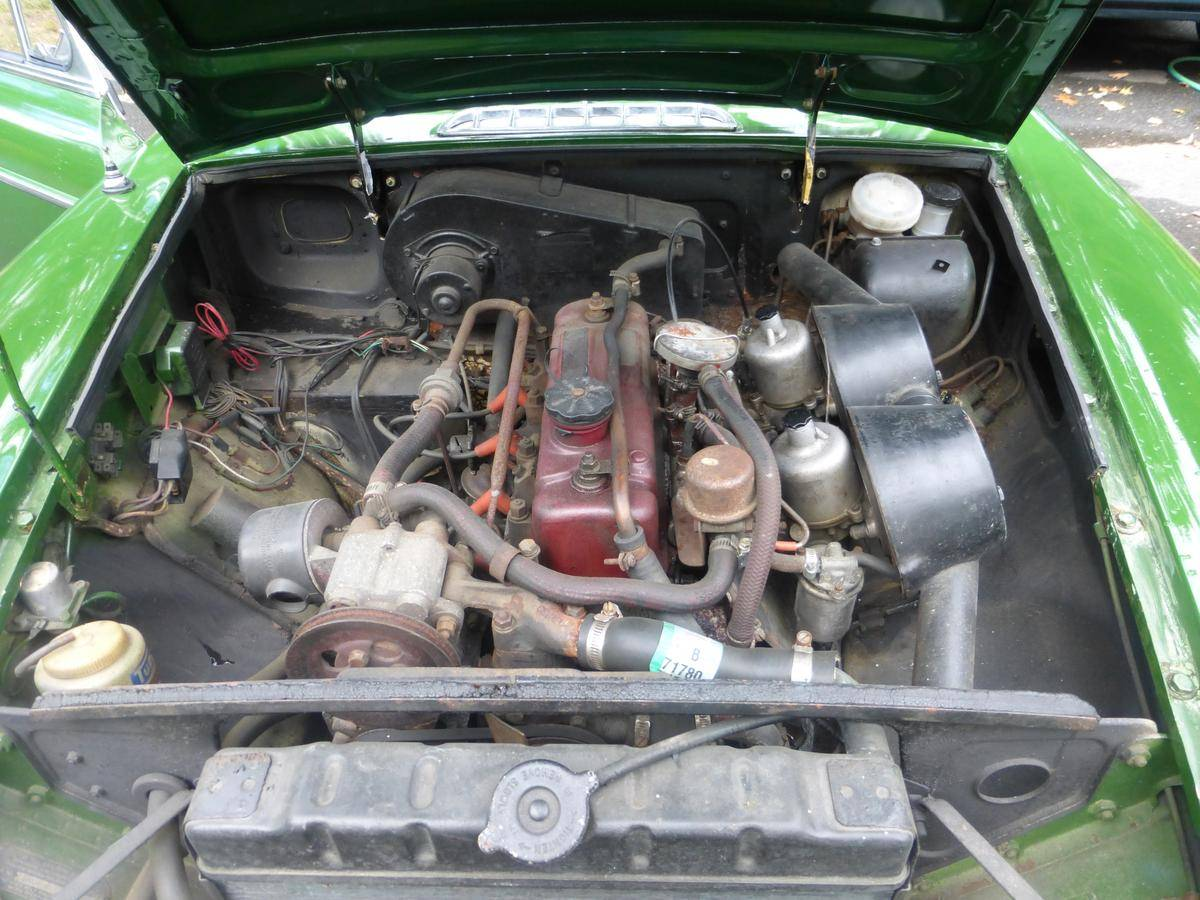 The engine bay of the MGB leaves plenty of room to get in and have fun getting your hands dirty.