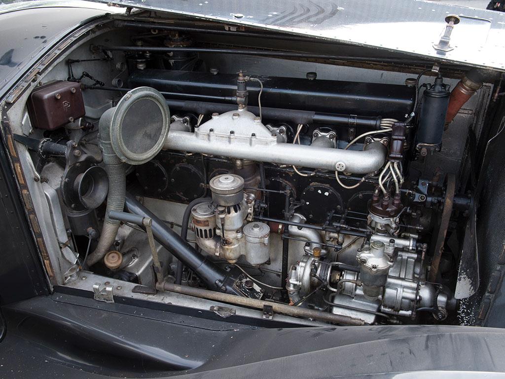 Rolls royce phantom ii windovers limousine revivaler for Rolls royce phantom motor