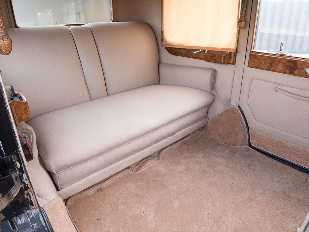 The rear seat of the Phantom was the most important one and provided not only luxurious seating but also luxurious leg room.