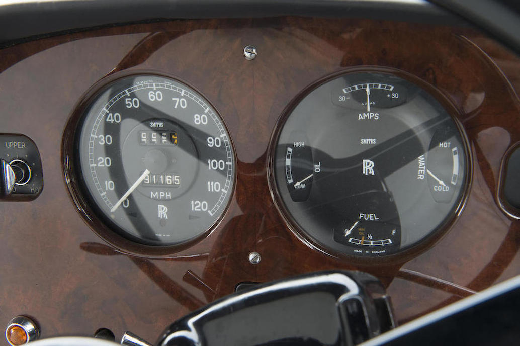 The Silver Cloud III's speedometer goes up to 120mph and with its 6.2 liter improved V8 engine this car should be able to get to the top of the scale.