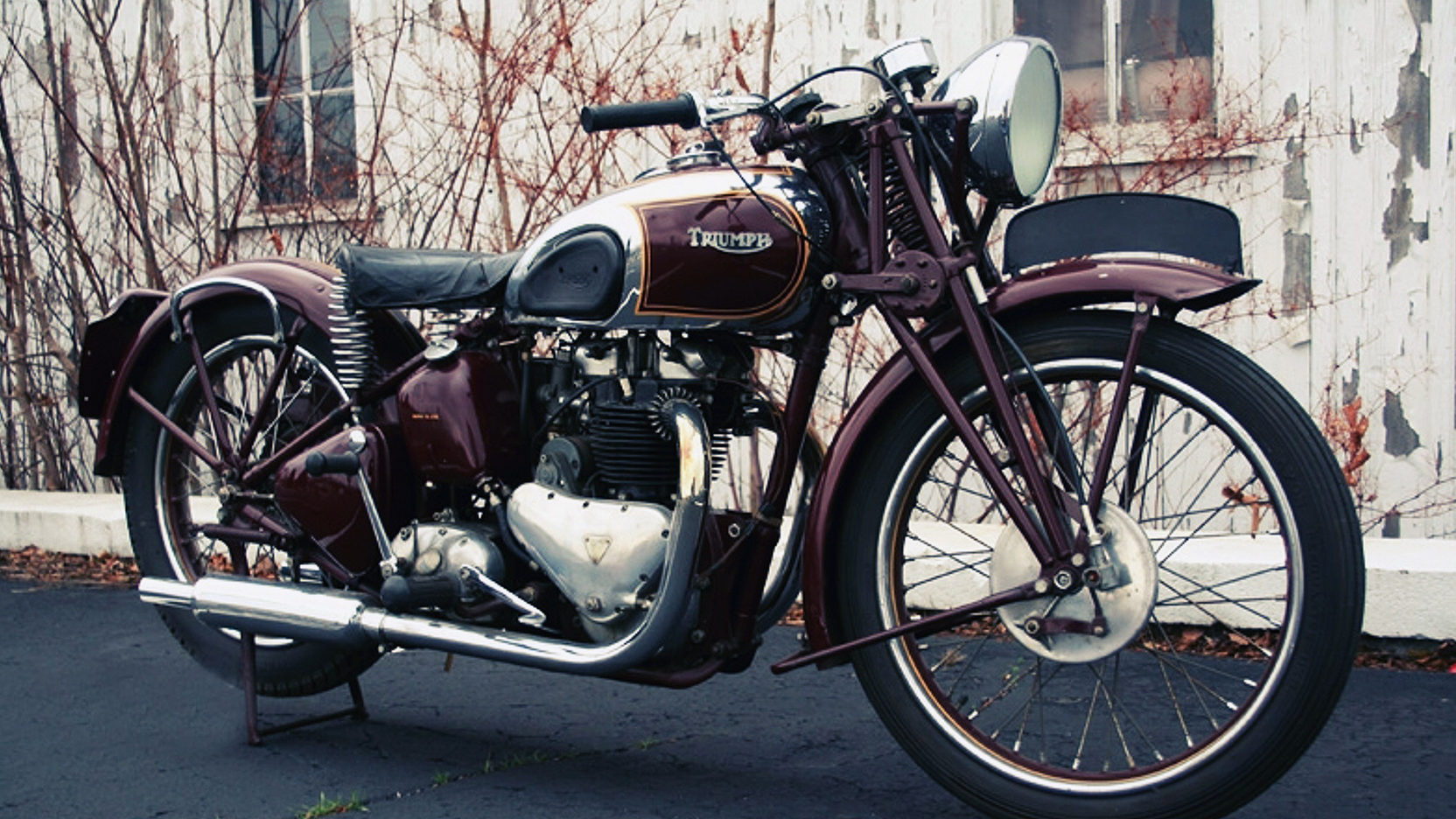 The 1938 Ex Steve McQueen Triumph Speed Twin coming up for sale by Mecum Auctions in January 2017. (Picture courtesy Mecum Auctions).