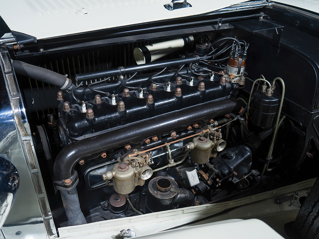 The in-line side-valve six cylinder engine is of 3,689 cc capacity producing power in the 75-77hp range.