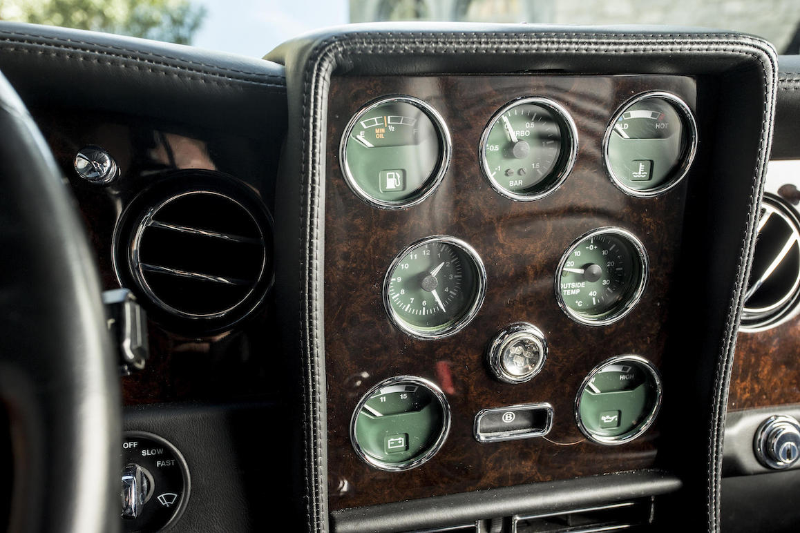 "The dashboard of the Bentley Continental R Le Mans is very much an ""engineer's dashboard"". Instrumentation is complete and clearly visible at all times."