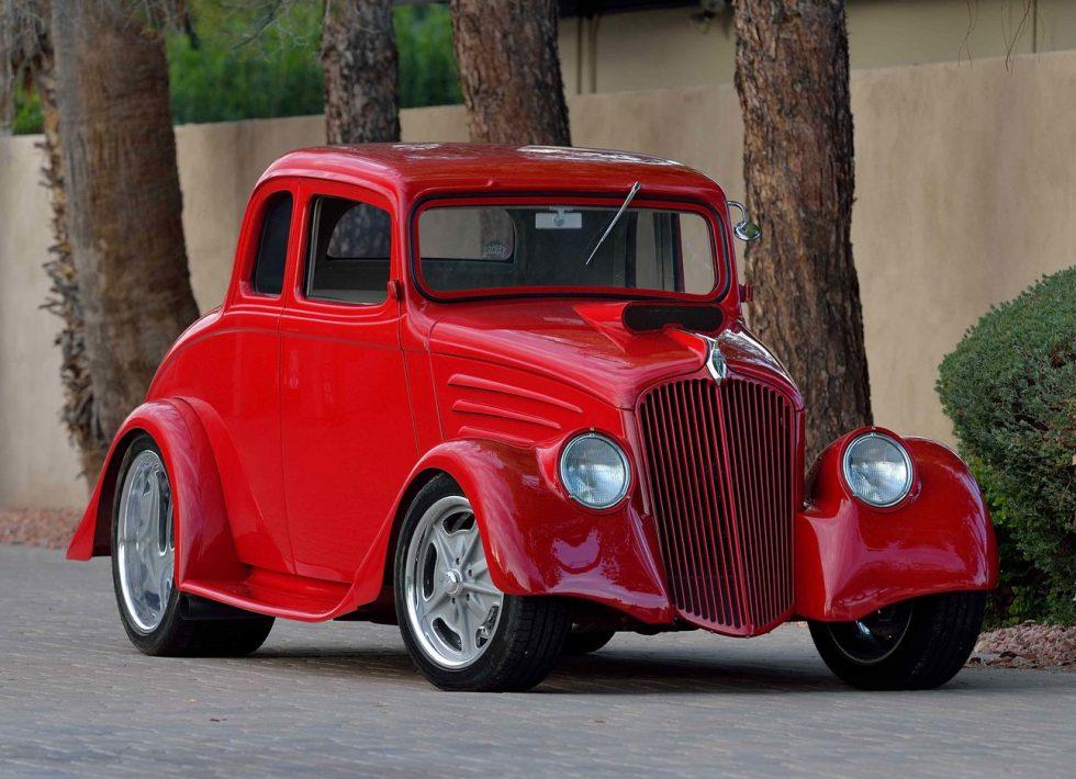 Willys Model 77 1934 Coupé Street Rod - Revivaler