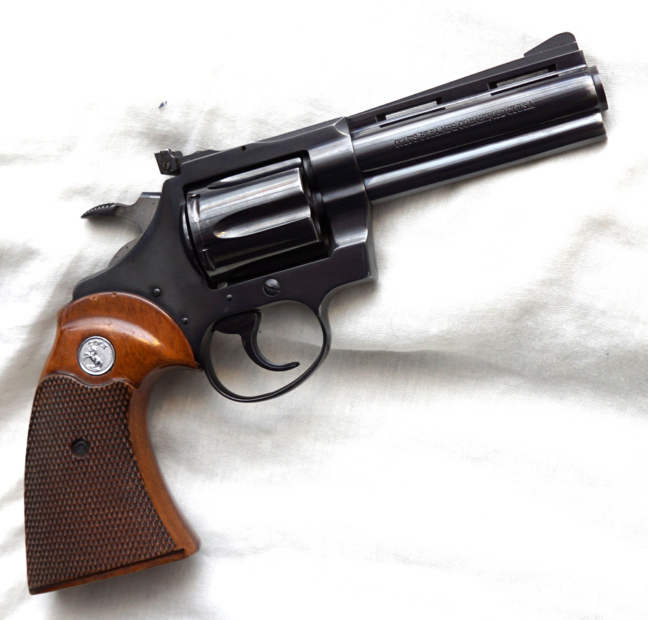 Colt Cobra, the Return of the Colt Double Action - Revivaler