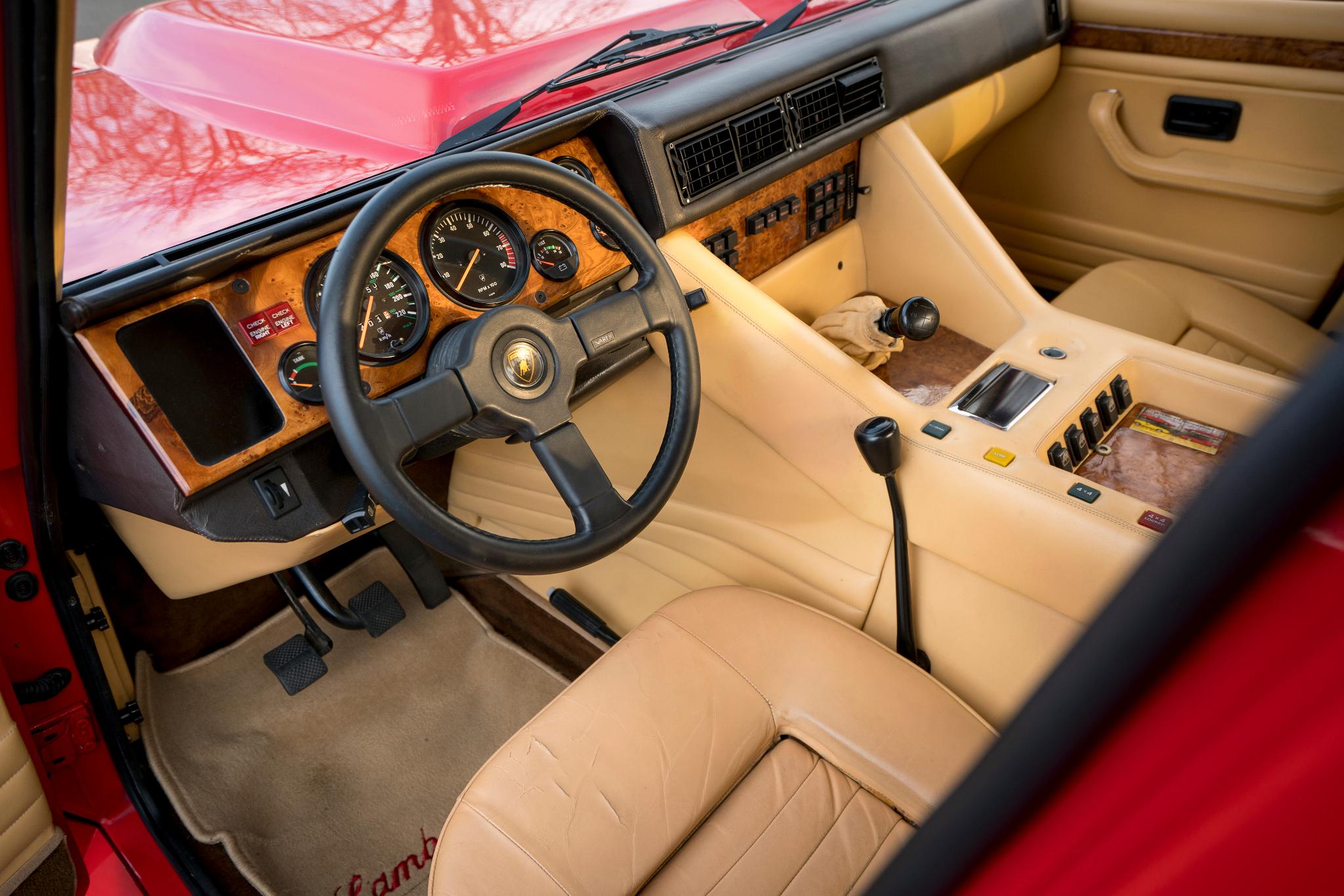 Lamborghini Lm002 A Revivaler