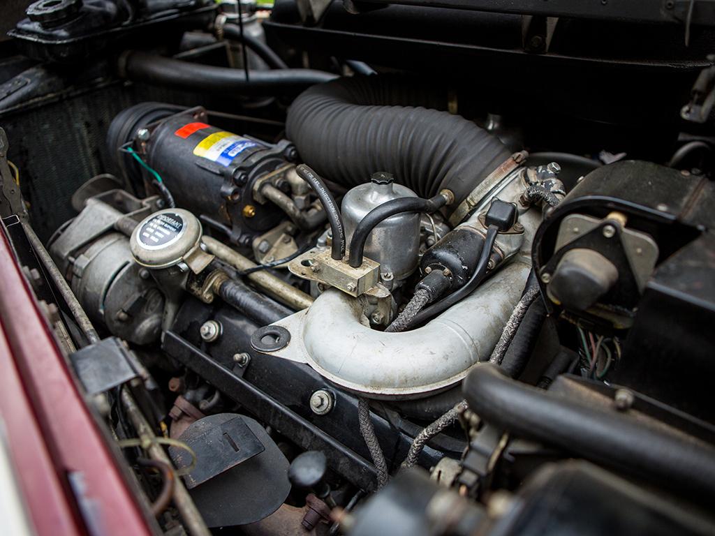 Rolls royce phantom vi limousine revivaler for Rolls royce phantom motor