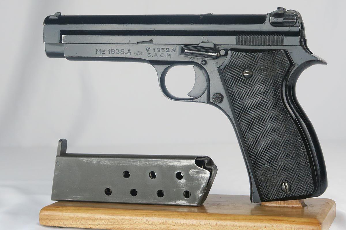 SIG P210 - Revivaler