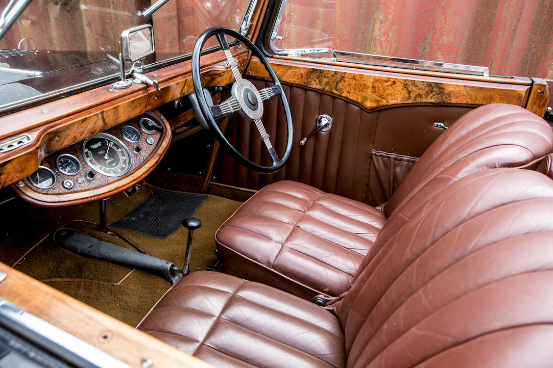 """Brough Superior 4.2 liter """"Dual Purpose"""" interior"""