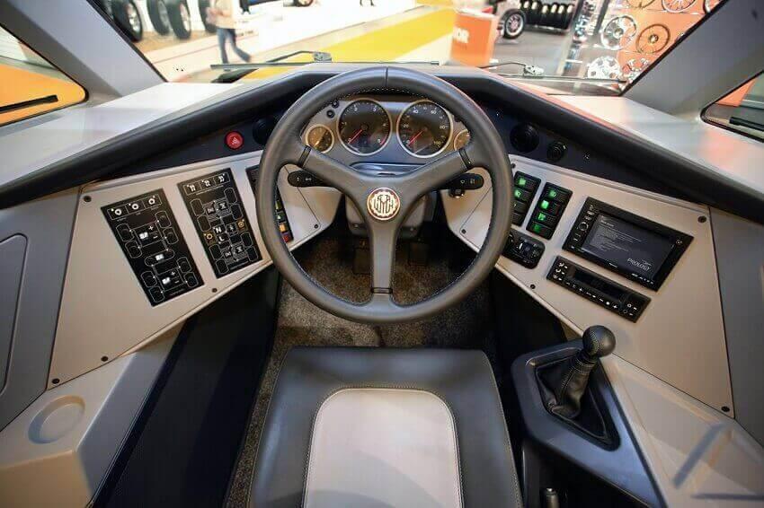 Avtoros Shaman driving position