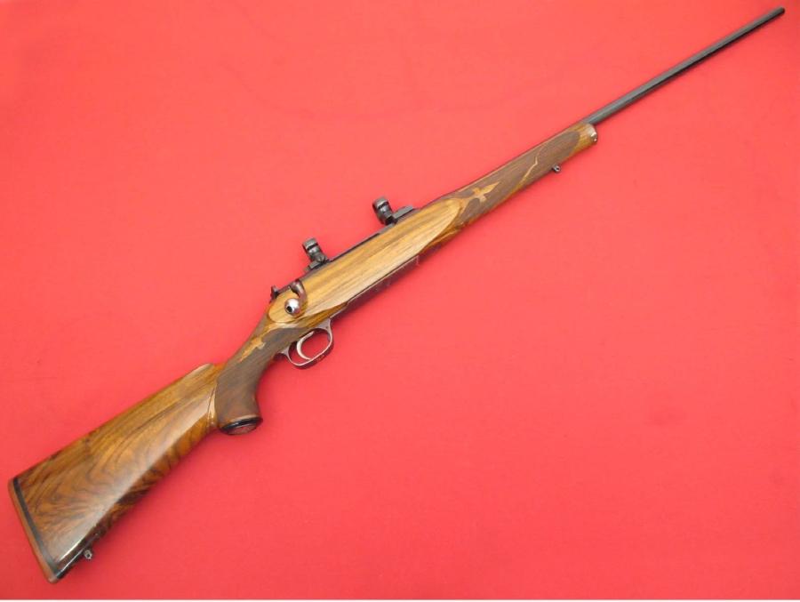 Schultz and Larsen rifle
