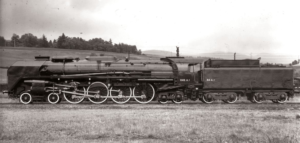 André Chapelon 242A1 steam locomotive
