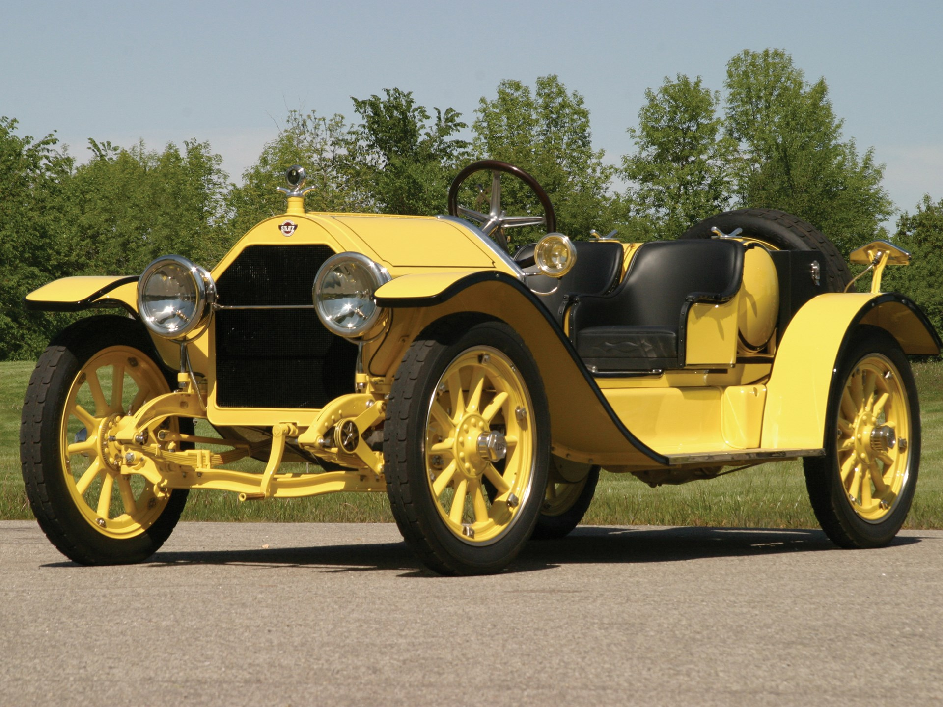 Stutz Bearcat car