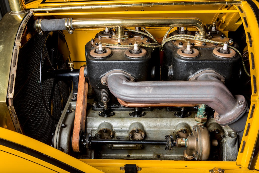 Mercer Type 35J Raceabout engine