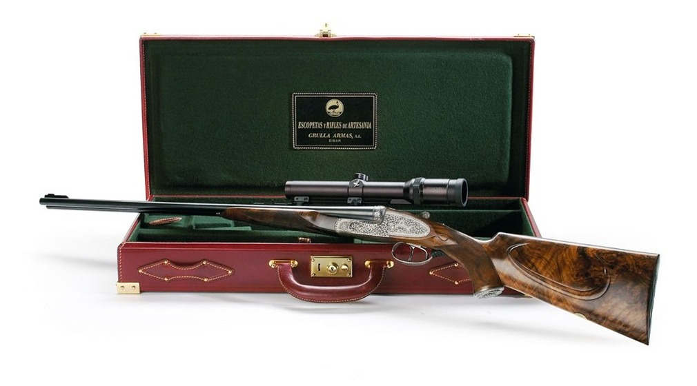 Grulla Armas double rifle fitted case