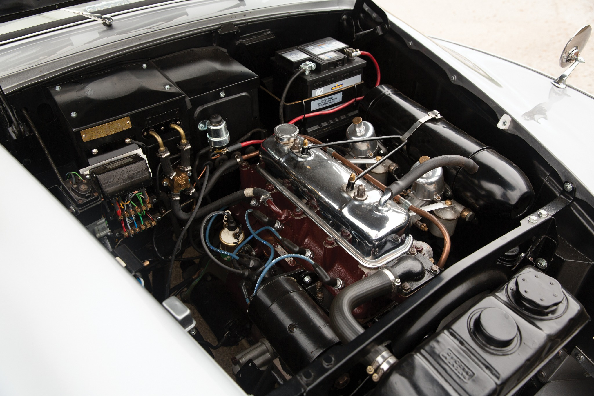 Austin A90 Atlantic engine