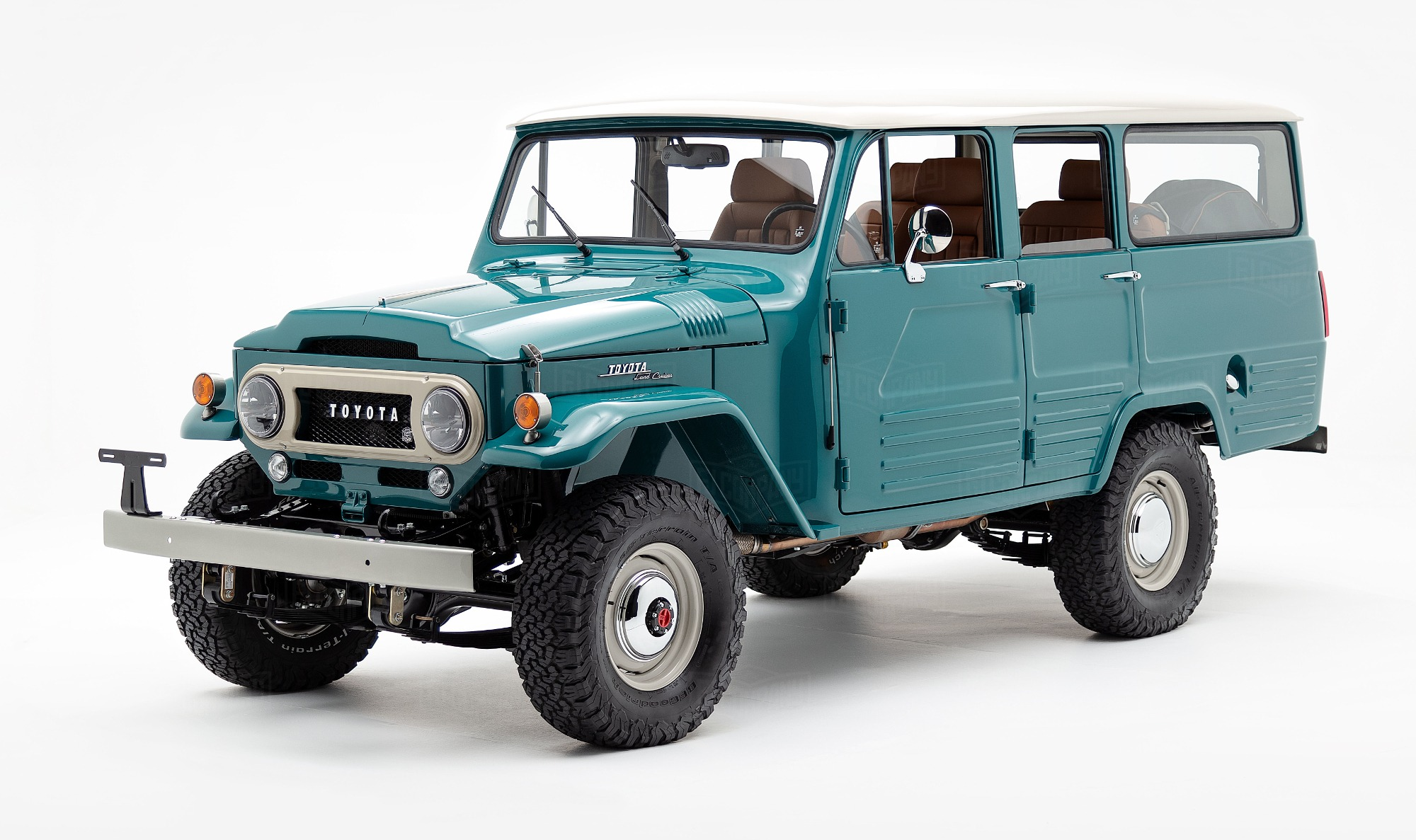 Toyota Land Cruiser FJ45V restomod