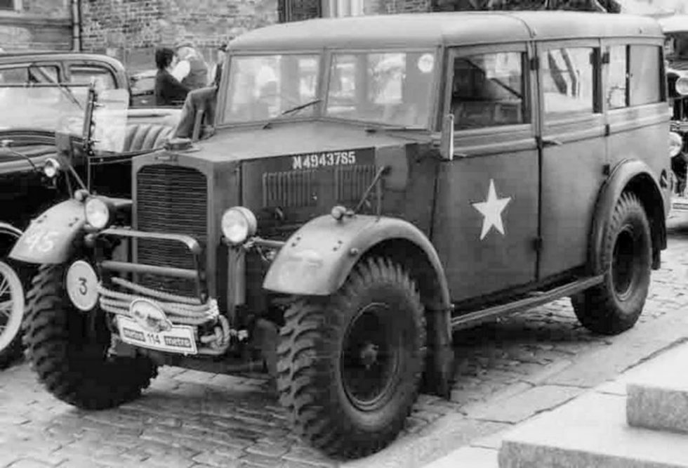 Humber Heavy Utility military vehicle Box