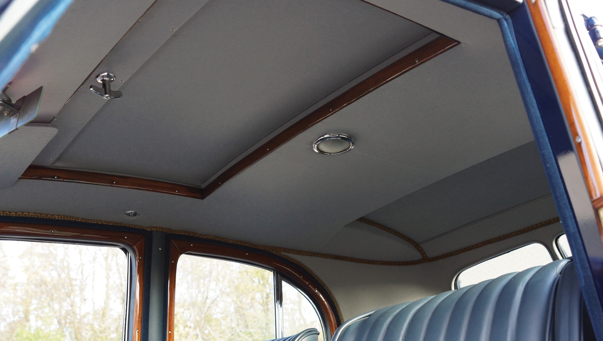 MG SA saloon sun roof